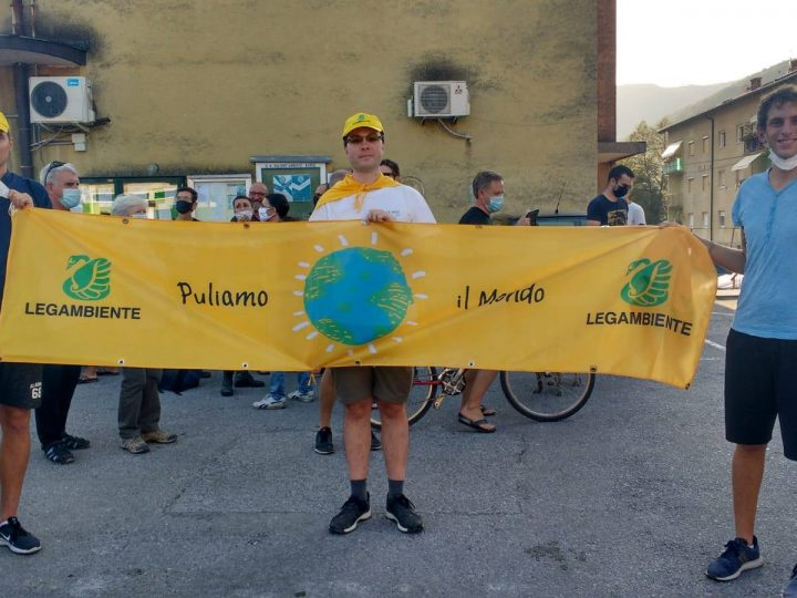In 400 alla protesta per la salute a l'ambiente nel medio corso dell'Isonzo in Slovenia. Presente anche una rappresentanza italiana di Legambiente e Accademia Europeista FVG